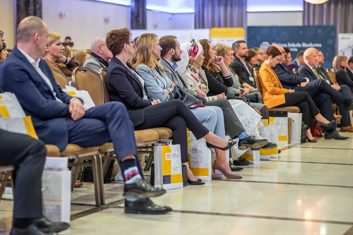 getsix® Partner Monika Martynkiewicz-Frank attends the prestigious 'Kongres Firm Rodzinnych' event (Congress_of_Family_Companies)